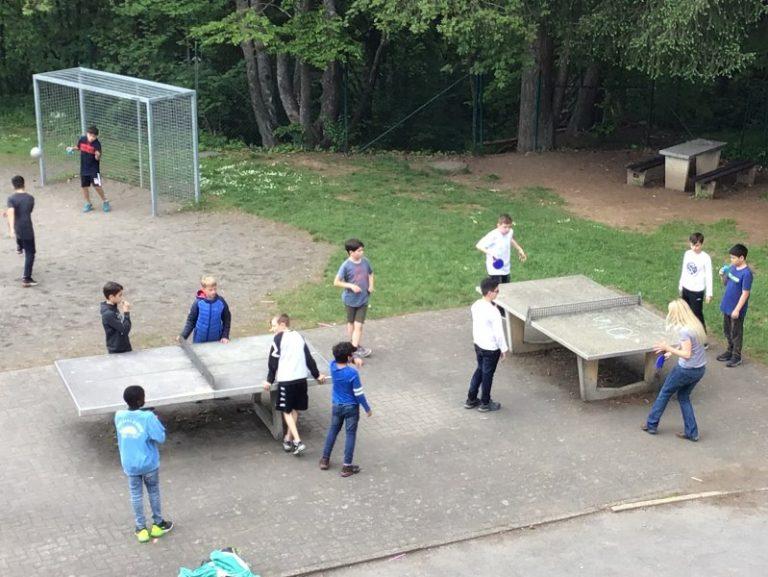 Ein Jugendtraum: Einmal die Schulleiterin im Tischtennis schlagen